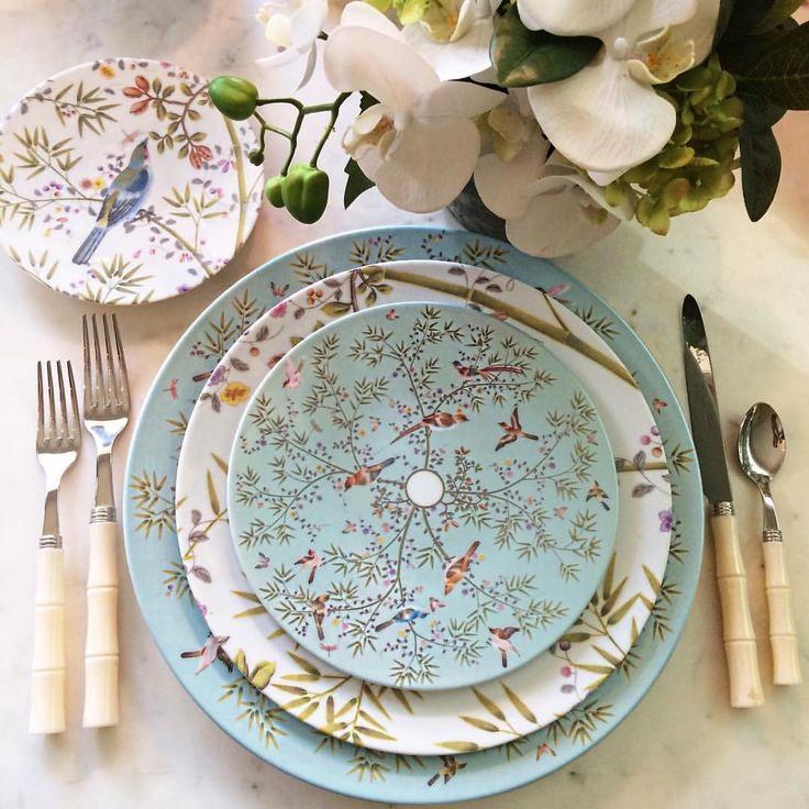 Table Setting Etiquette — Almost Essential